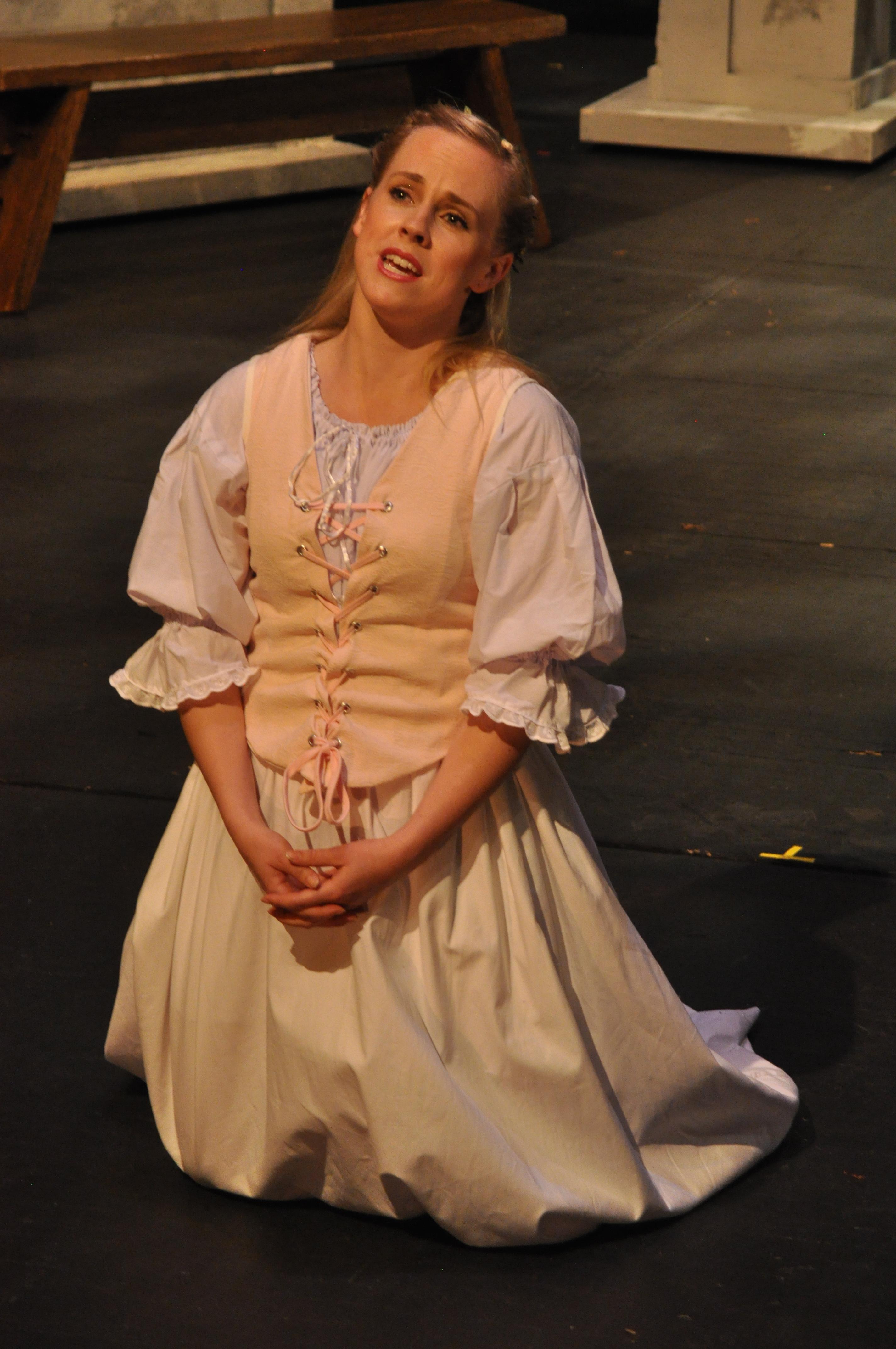Suzanne Rigden as Zerlina