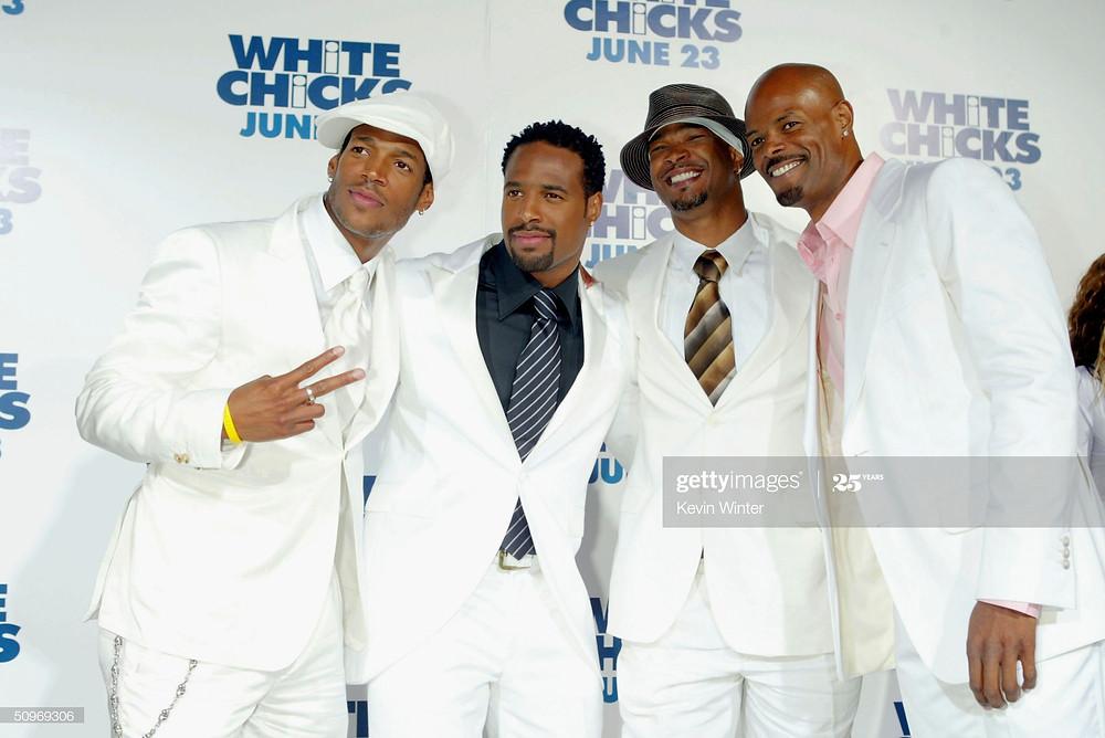 (da esquerda para a direita) os atores Marlon Wayans, Shawn Wayans, Damon Wayans e o diretor Keenen Ivory Wayans posam na estréia de 'As Branquelas'