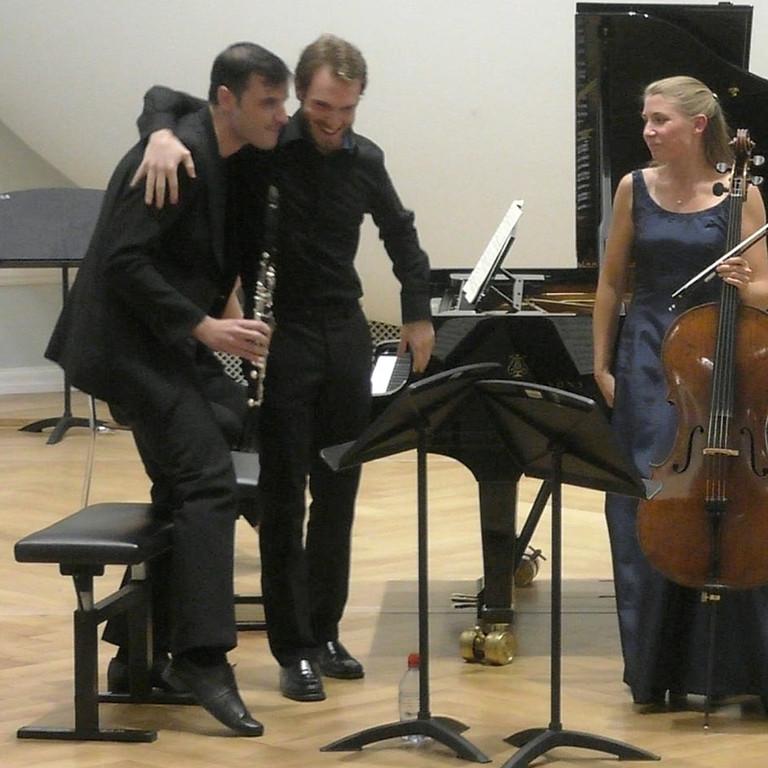 Trio mit Pavlos Serassis/Bern, Grande Société