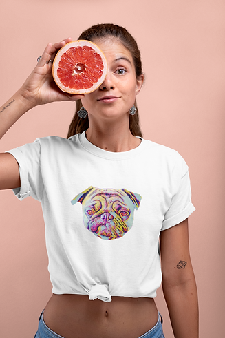 knotted-tee-mockup-of-a-woman-covering-h