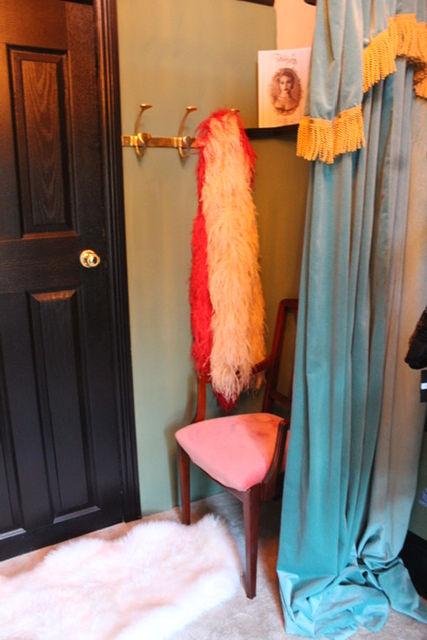 Fitting room 2.JPG