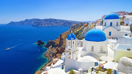 Who has been to Santorini, Greece?!