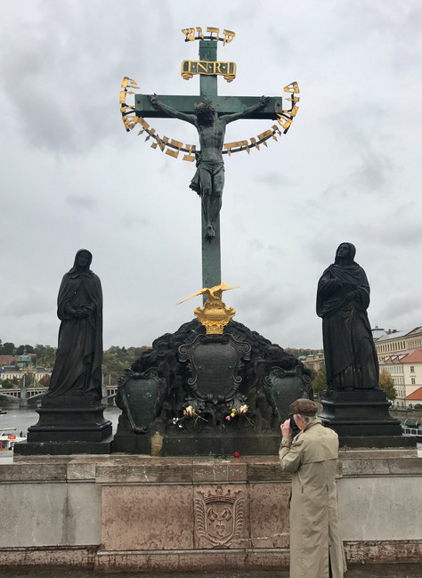 Who has been to Charles Bridge in Prague?