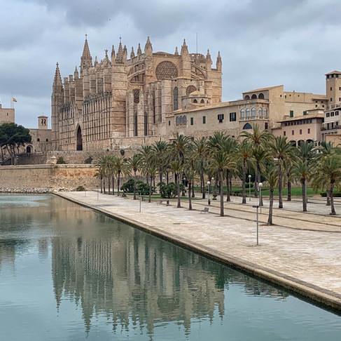 how to spend your weekend in palma de mallorca, spain