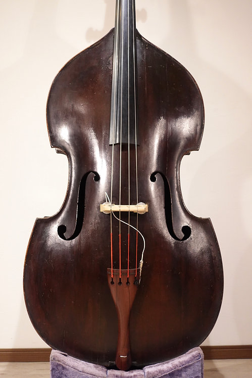 Czech carved round back Ca.1900