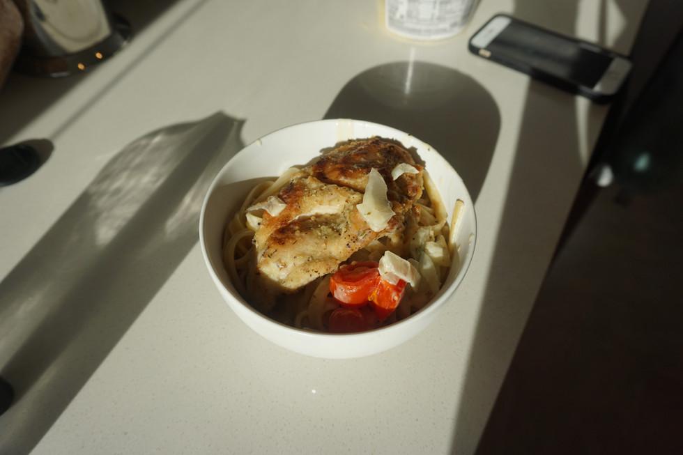 White Wine Creamy Chicken Pasta
