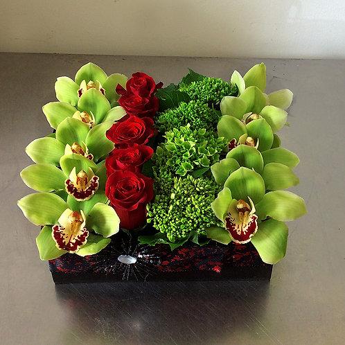 06 Linear Rose Box $100