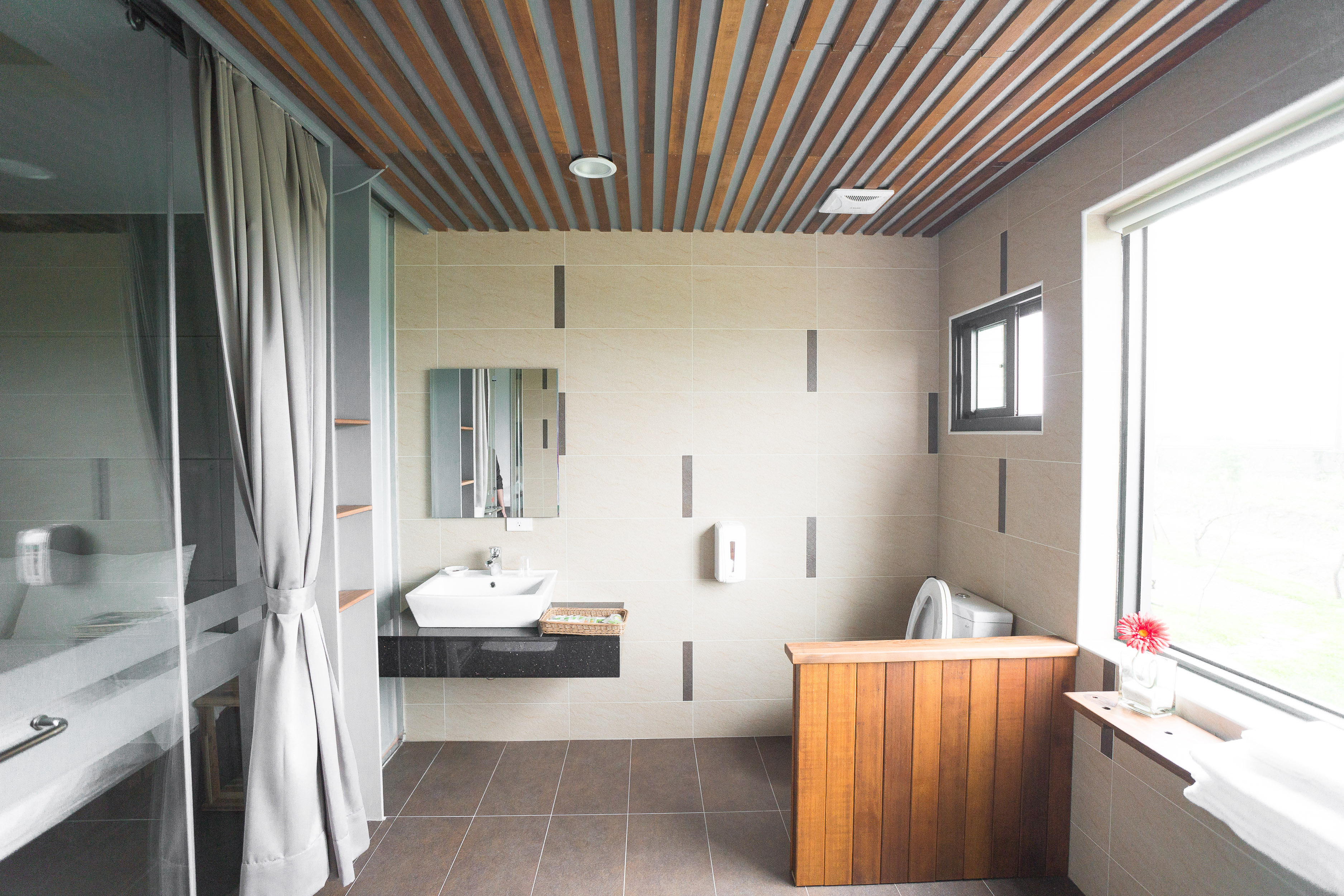 乾濕分離浴室及景觀