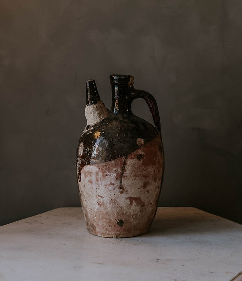 Urna Antique