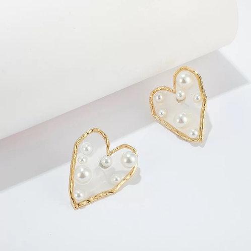 Acrylic Heart Pearl Stud Earring