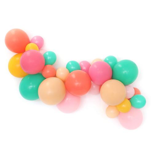 Daisy Balloon Garland Kit