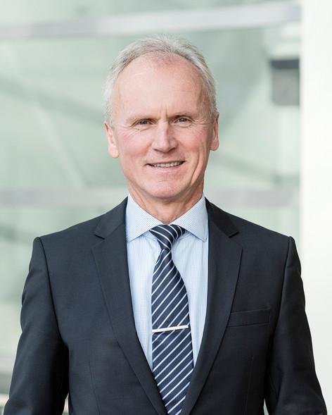 Dr. Bernd Bösche, Geschäftsführer de