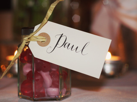 4 Things You Need to Know Before Selecting Your Wedding Favors