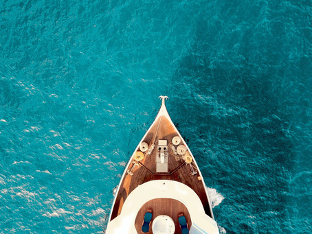 4 Reasons Why You Should Go Luxury Yachting in The Mediterranean