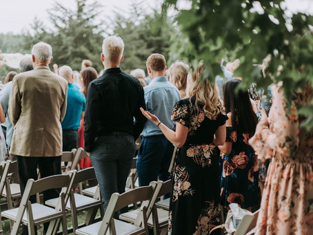 Who to Invite to Your Destination Wedding
