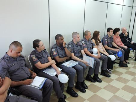 Ciclo de Palestras dirigido aos tenentes e sargentos da PM discute saúde emocional