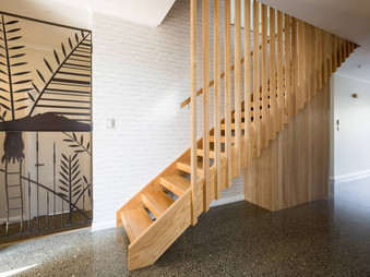 Wooden-feature-stairs-Auckland-by-Stylec