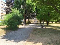 Parc ombragé , Parking Clos