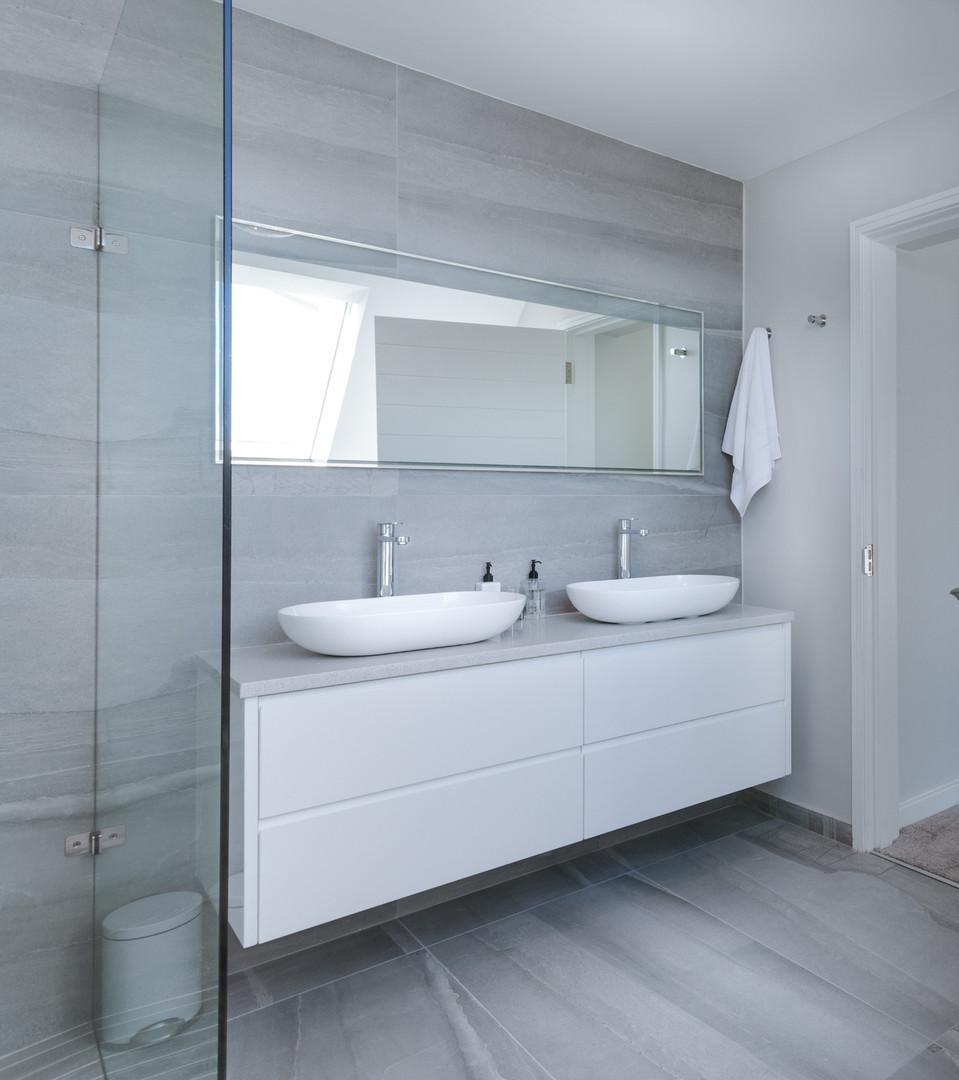 white-bathroom-interior-1454804_edited.j