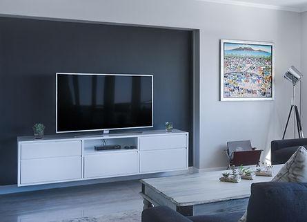 photo-of-living-room-1457842_edited.jpg
