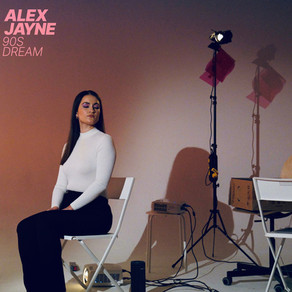 """Alex Jayne and her """"90s Dream"""""""
