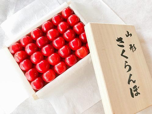 Light Up TOHOKU PGC 山形ボックス なかなか食べれない特別なさくらんぼ さくらんぼ桐箱入り手詰め(佐藤錦)