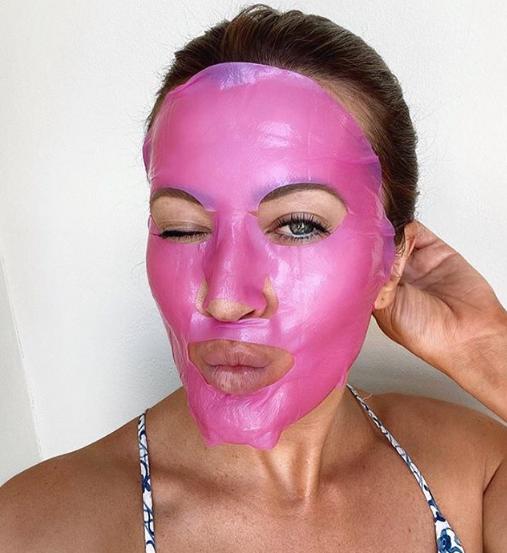 Instant Pink Mask