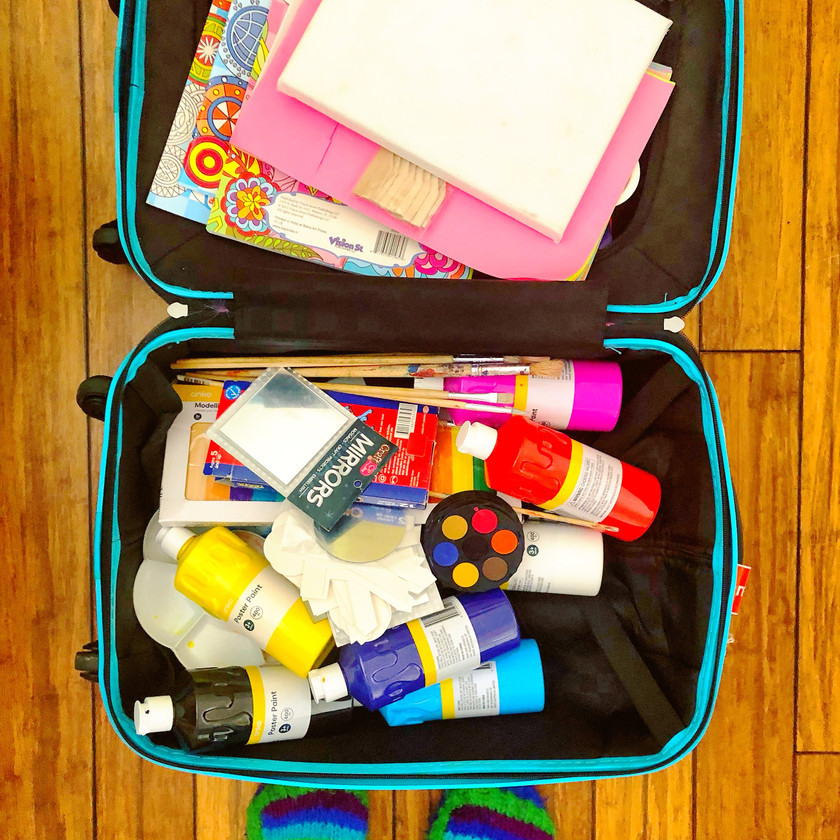 rainbow muse travelling art therapy kit