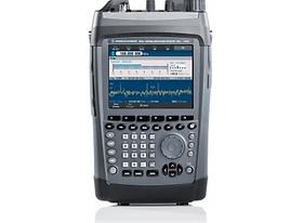 PR100 Portable Receiver-1.png