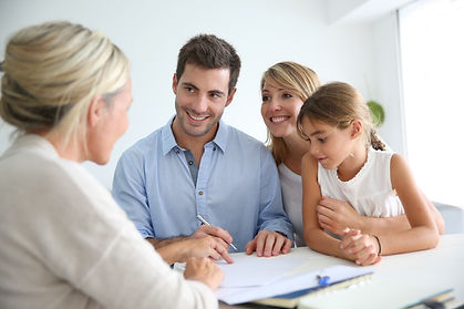 Family meeting real-estate agent for hou