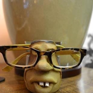 eyeglass holder.jpg