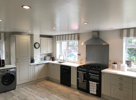 The Advantages Of Painting Your Existing Kitchen Cabinets