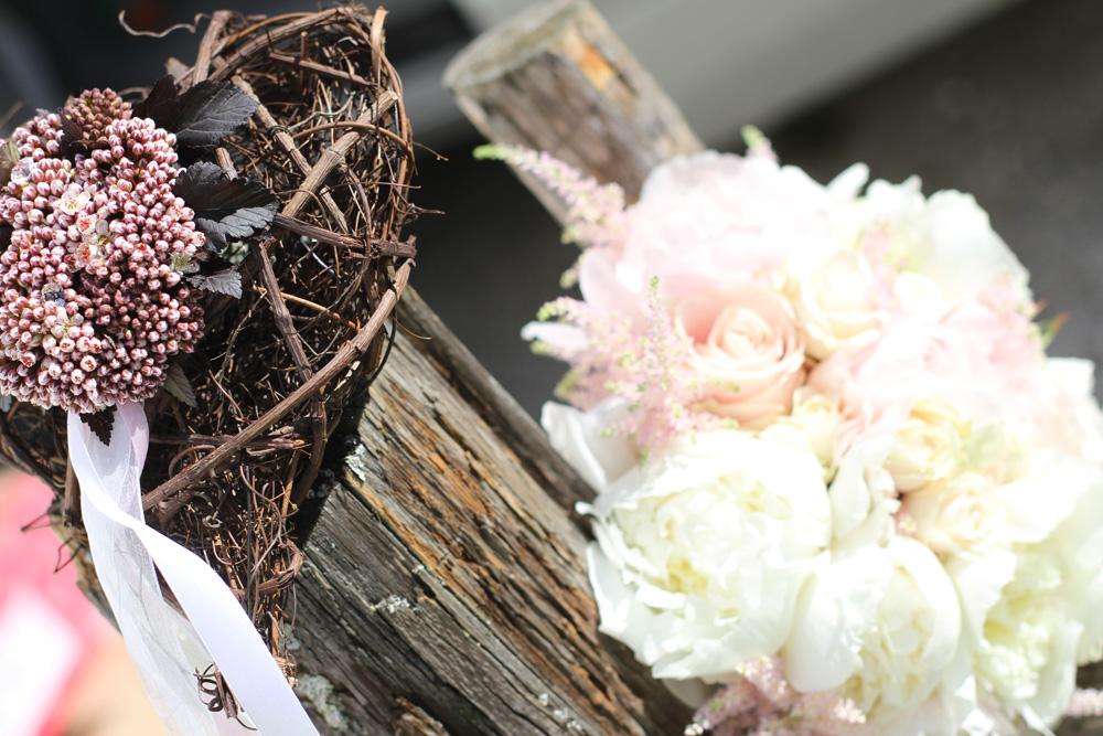 Poročni šopek-potonike
