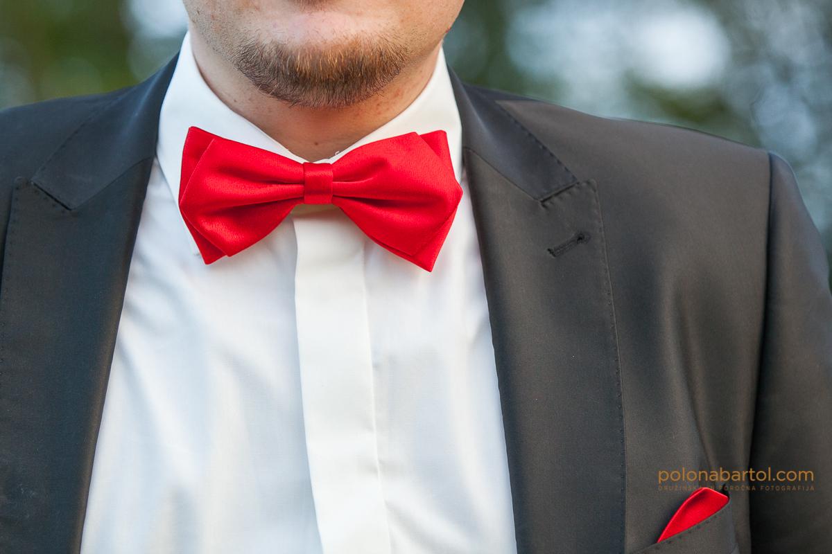 Poroka v rdečem