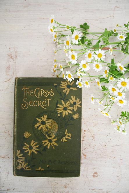 ANTIQUE BOOK 'GIPSY'S SECRET'