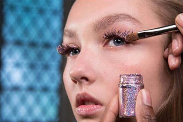 Glitter Lashes (Add On)