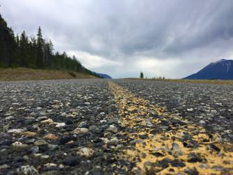 Le grain de la route. Exploration photo sur les highways du Nord-Ouest