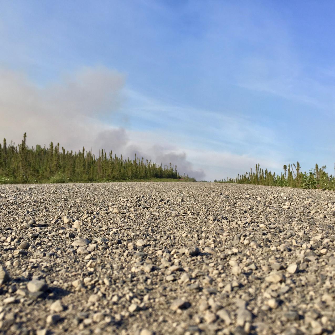 Et la fumée des feux de forêt.