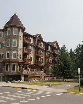 Falconcrest Lodge.jpg
