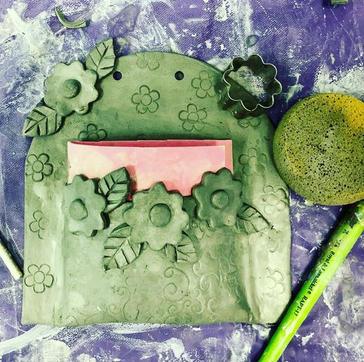 Clay Class Wall Pocket