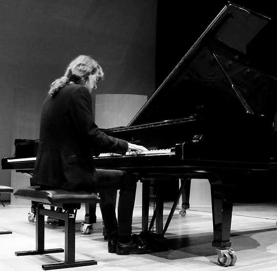 Daniel Valkenborgh.png