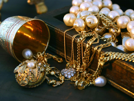 History of Fashion Jewelry