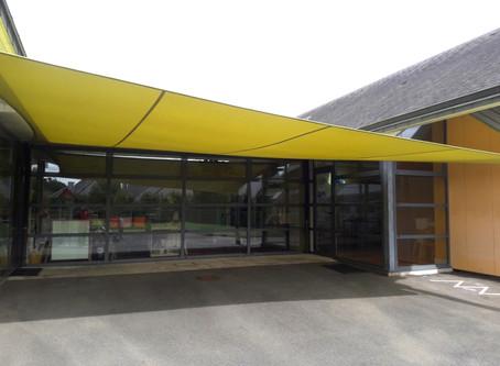 Abrivoile : solution protection solaire pour école