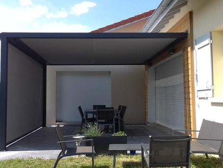 Protégez votre terrasse tout en lui apportant du design !