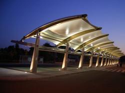 Auvent pour gare routière
