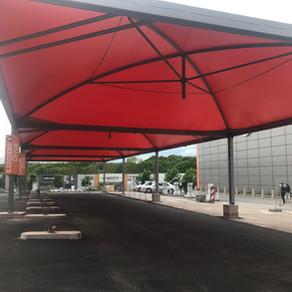 400 m2 de couverture métallo-textile