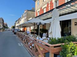 Bistro bambou- Bistro bambou_Parasol pour terrasse de restaurant