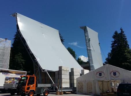 Habillage en toile pour la Coupe du monde d'escalade à Villars en Suisse