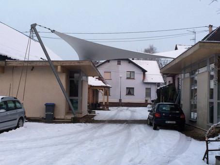 Voile architecturale et neige