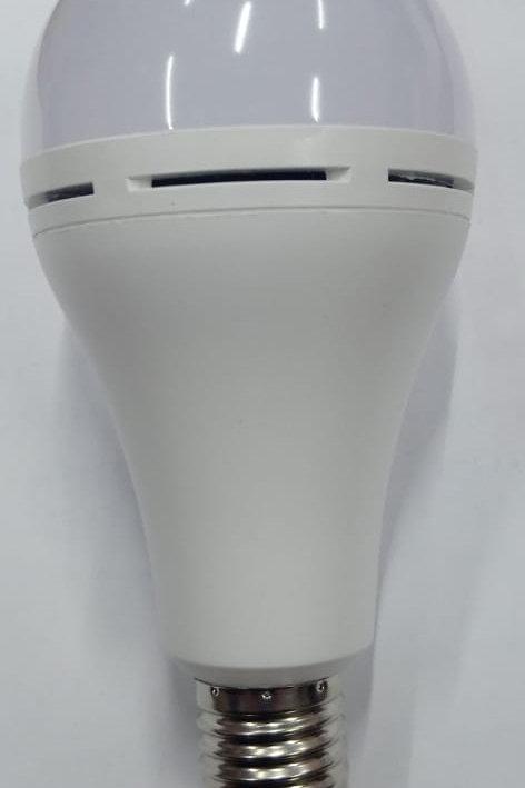 Lámpara de Led 9w c/Sensor Movimiento